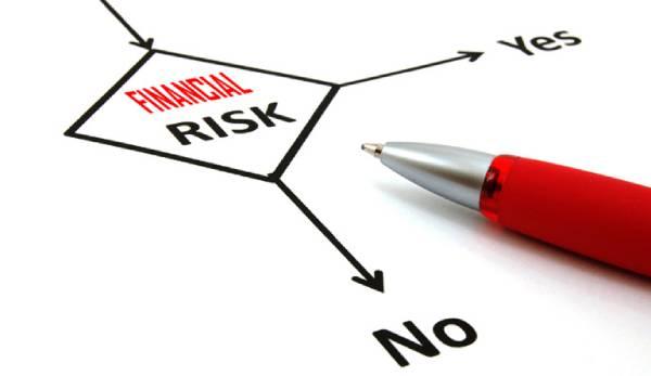 ریسک مالی